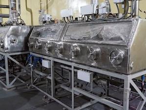 СХК монтира основното оборудване на модула за производство на СНУП-гориво