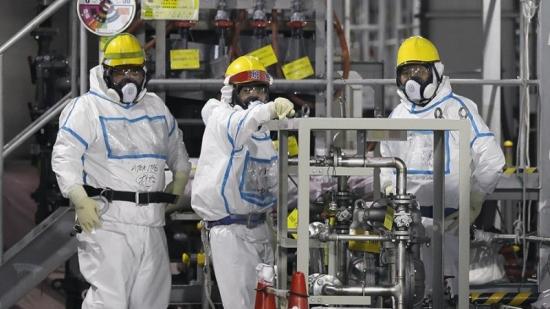 """В трети блок АЕЦ """"Фукушима-1"""" започна изваждането на повредени касети ядрено гориво"""