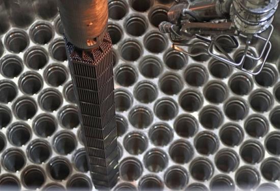 Беларуска АЕЦ – Започна зареждането на активната зона на реактора на 2 блок с имитатори на горивните касети