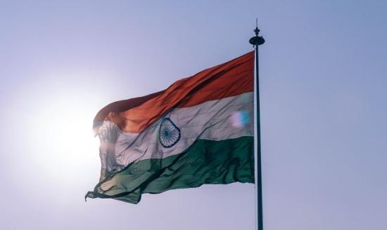 Индия – Инсталираните мощности на ВЕИ достигнаха 93 GW (без големите ВЕЦ)