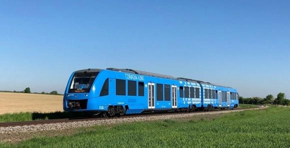 Френските влакове, задвижвани с водород, ще влязат в редовно движение в Германия през 2022 г.