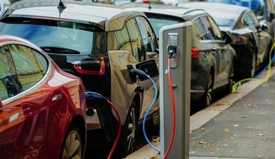 Цена, време за зареждане и пробег без дозареждане: експертите посочиха ключовите фактори, които ще ускорят прехода към електрически автомобили