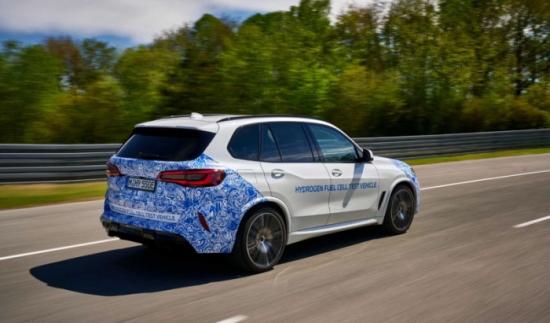 BMW започна да тества електрически автомобил с водородни горивни клетки