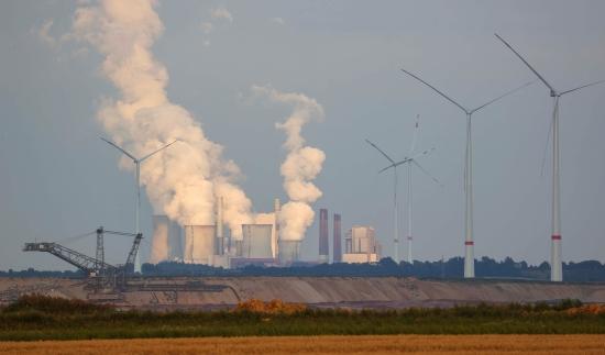 Германия – Отказът от ядрени и въглищни мощности може да провокира енергийна криза