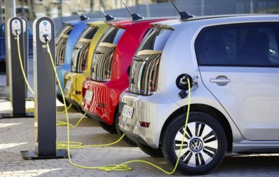 Поддръжката на електрически превозни средства се оказа по -скъпа от традиционните автомобили