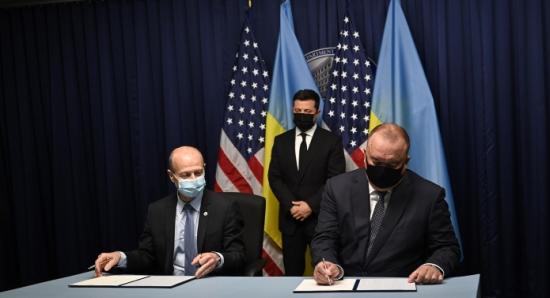 Енергоатом и Westinghouse electric подписаха меморандум за изграждането на пет ядрени енергоблока в Украйна за до 30 млрд. долара