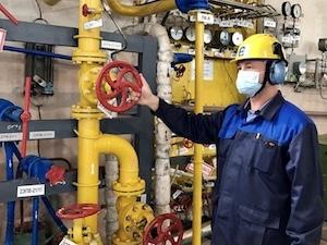 Ленинградската АЕЦ организира ежедневна доставка на течен кислород за медицински цели