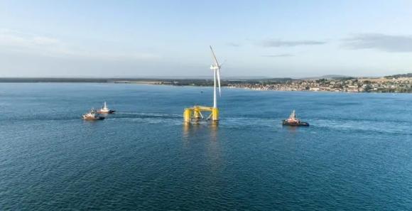 Приключи най -големият в света проект за плаваща вятърна електроцентрала