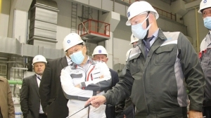 """Ръководителят на """"Росатом"""" посети строителната площадка на втори енергоблок на БелАЕЦ"""