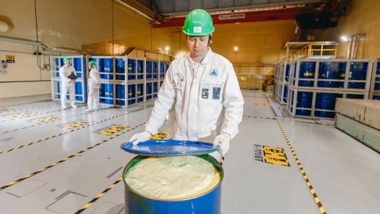 Как да се намалят радиоактивните отпадъци сто пъти