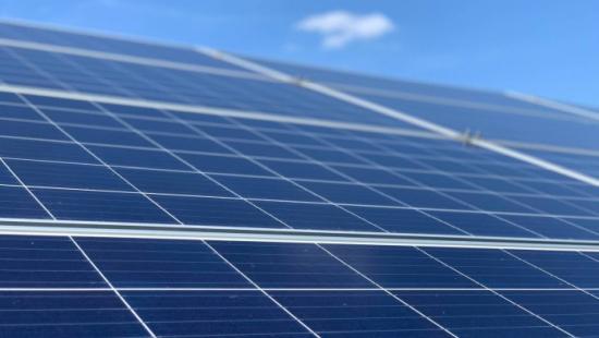 Повишаването на цените на слънчевите панели застрашава Парижкото споразумение – Rystad Energy