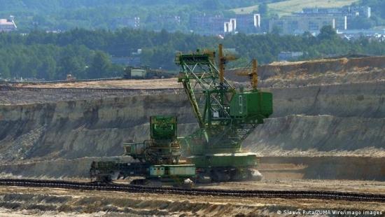Съдът на ЕС нареди на Полша да плаща по 500 хиляди евро дневно по делото за въглищната мина на границата с Чехия